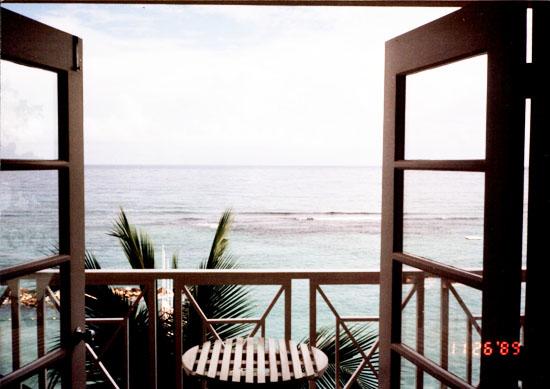 ocean-front-sandals-jamaica
