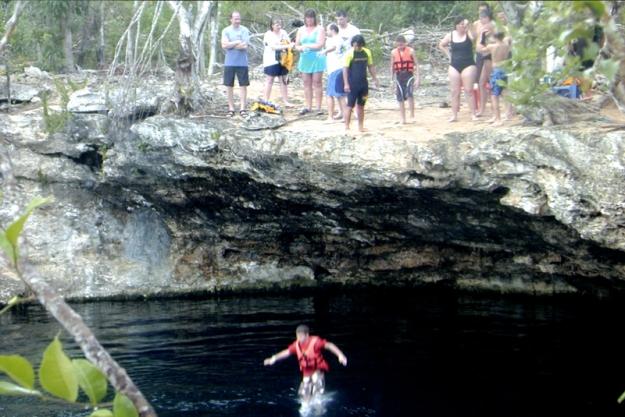 Cliff Jumping Riviera Maya