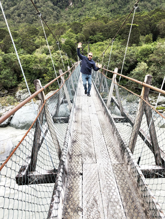 Hokitika Gorge Swinging Bridge